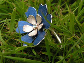 6 - Petal Flower Ring - Anodised Aluminium with Silver